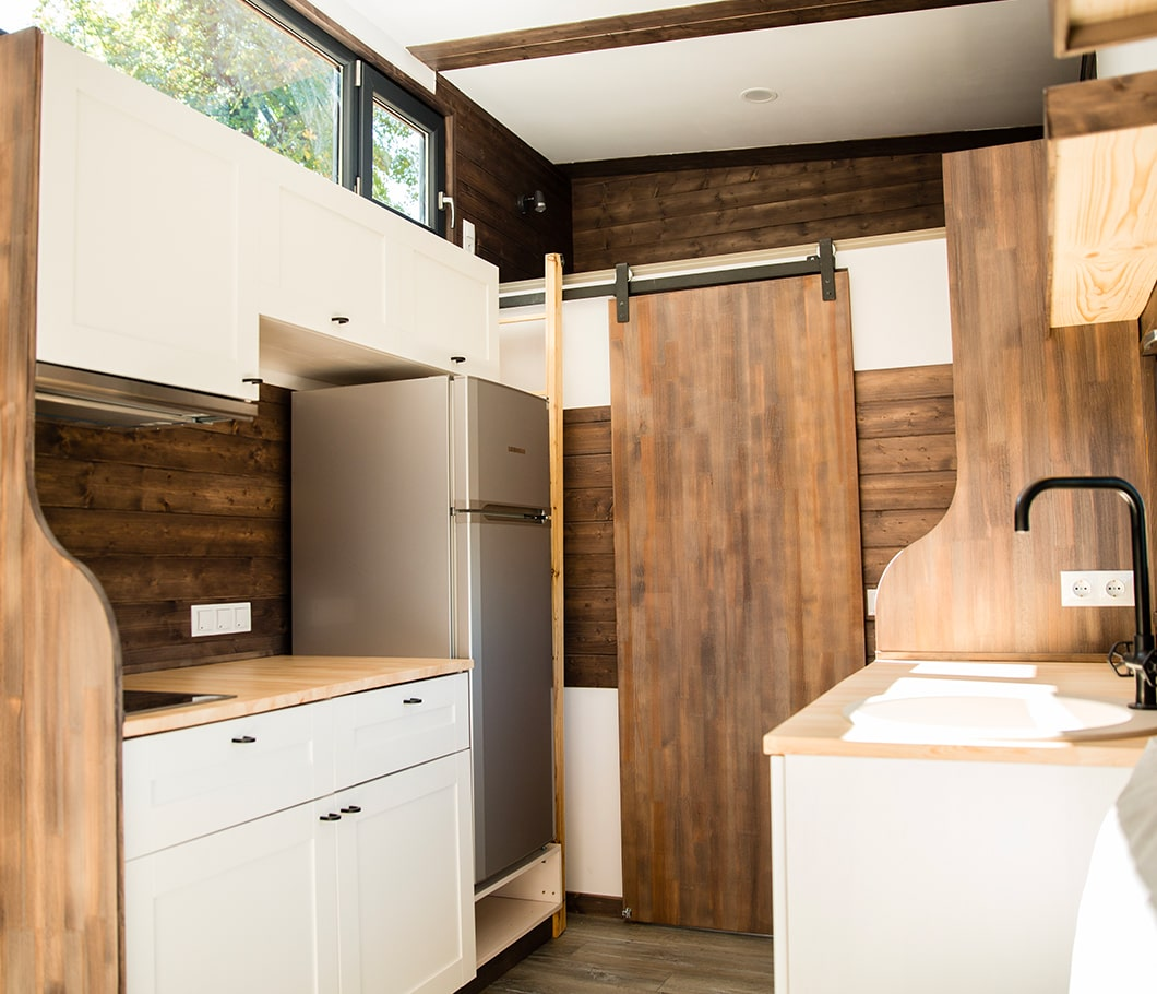 interieur-rustique-moderne-tiny-house
